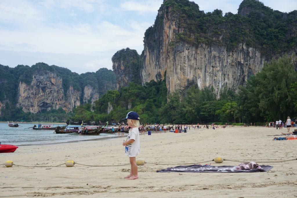 hvor ligger krabi thailand